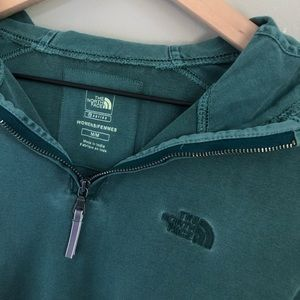 Hooded Teal North Face Pullover